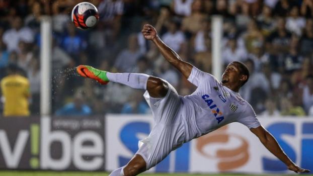 Rodrigão abriu a conta de Santos 6-2 Linense Marco Galvão Fotoarena