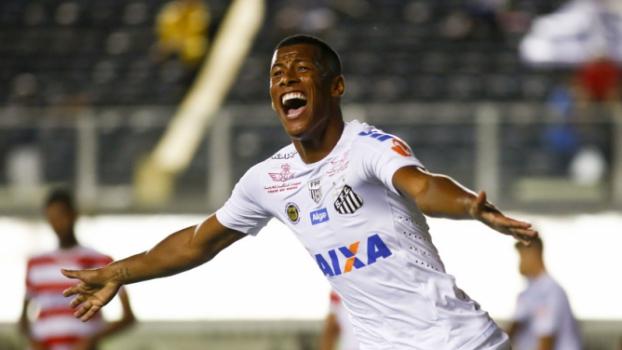 Rodrigão abriu a conta de Santos 6x2 Linense Marco Galvão Fotoarena 2