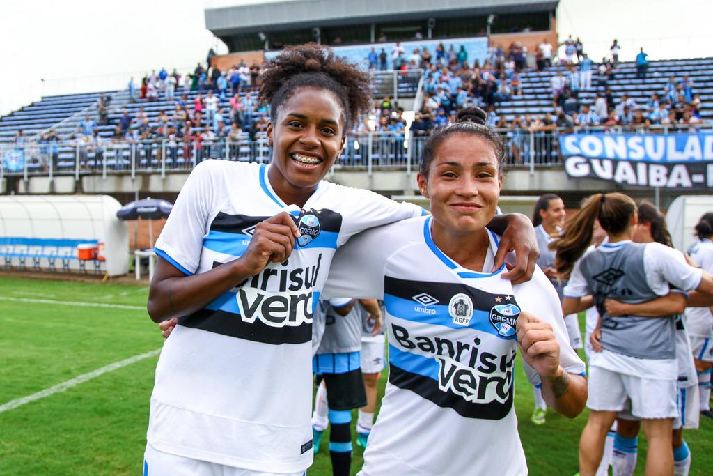 001 Feminino - Lucas Uebel Grêmio FBPA4