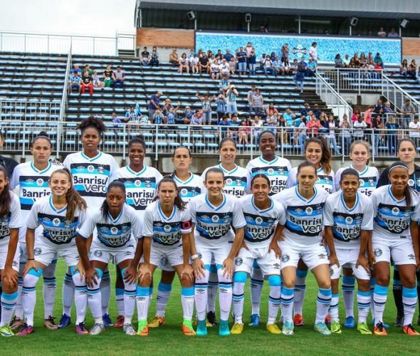 001 Feminino - Lucas Uebel Grêmio FBPA7a