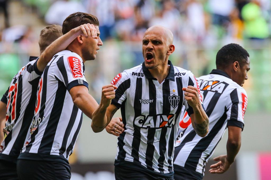 02 - Fábio Santos