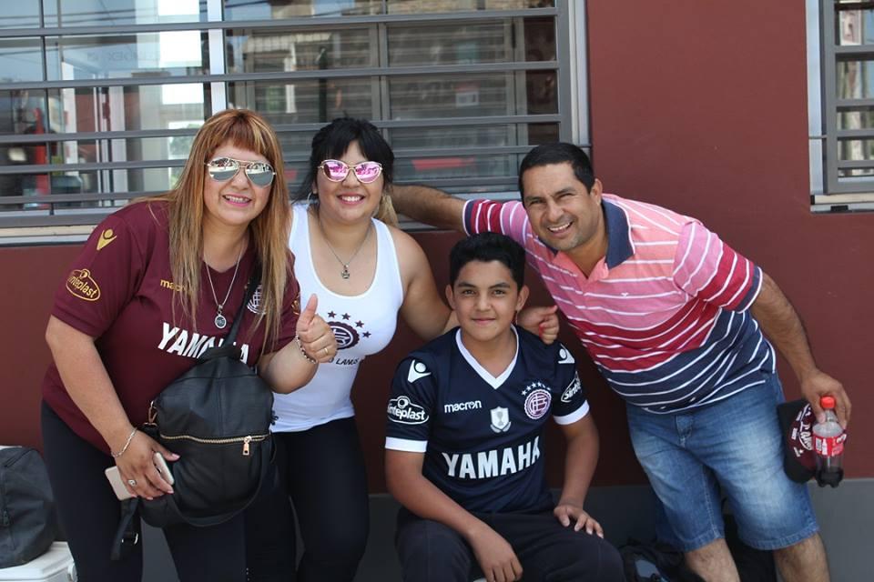 Micaela-Marta-e-família menor