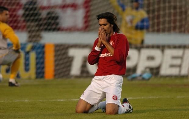 Mauro Vieira/Ag. RBS - Fernandão estreiou em GreNal e marcou o gol de número 1000 do confronto