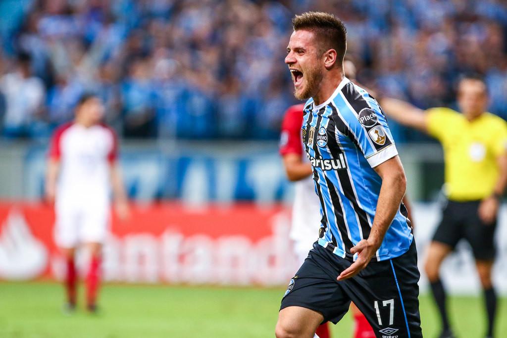 022 Grêmio - Lucas Uebel GFBPA3